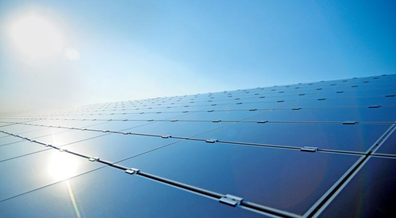 Solarkraftwerk. (Foto: Belelectric)